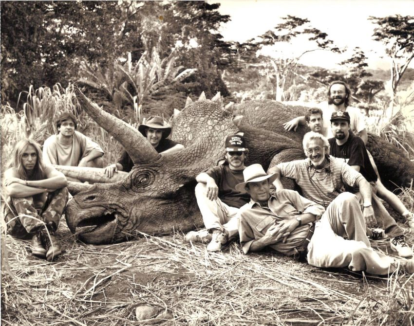 "50 Behind The Scenes Photos From The Original ""Jurassic Park"""