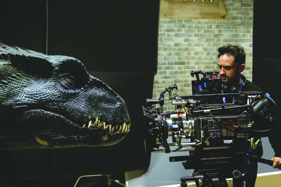 DIRECTOR J.A. BAYONA AND THE INDORAPTOR | UNIVERSAL PICTURES