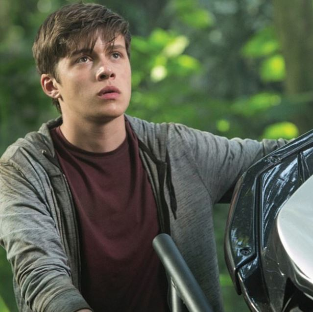Nick Robinson aka Zach from 'Jurassic World'.