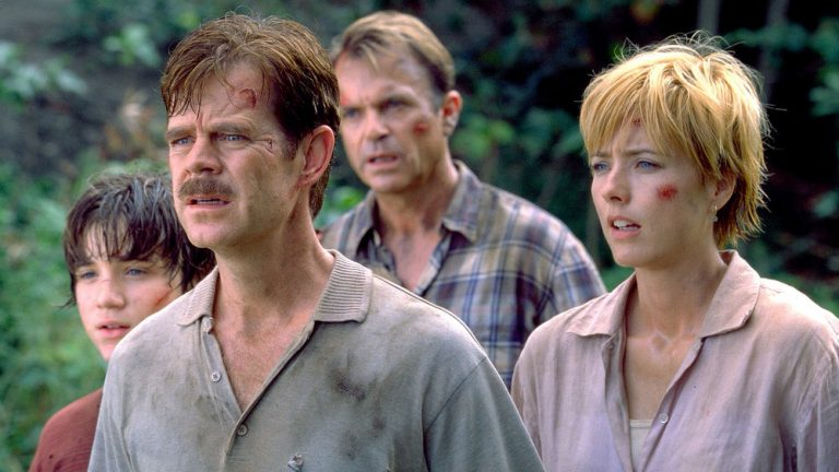 The smartest thing Jurassic Park III does is keep the story nice and simple.